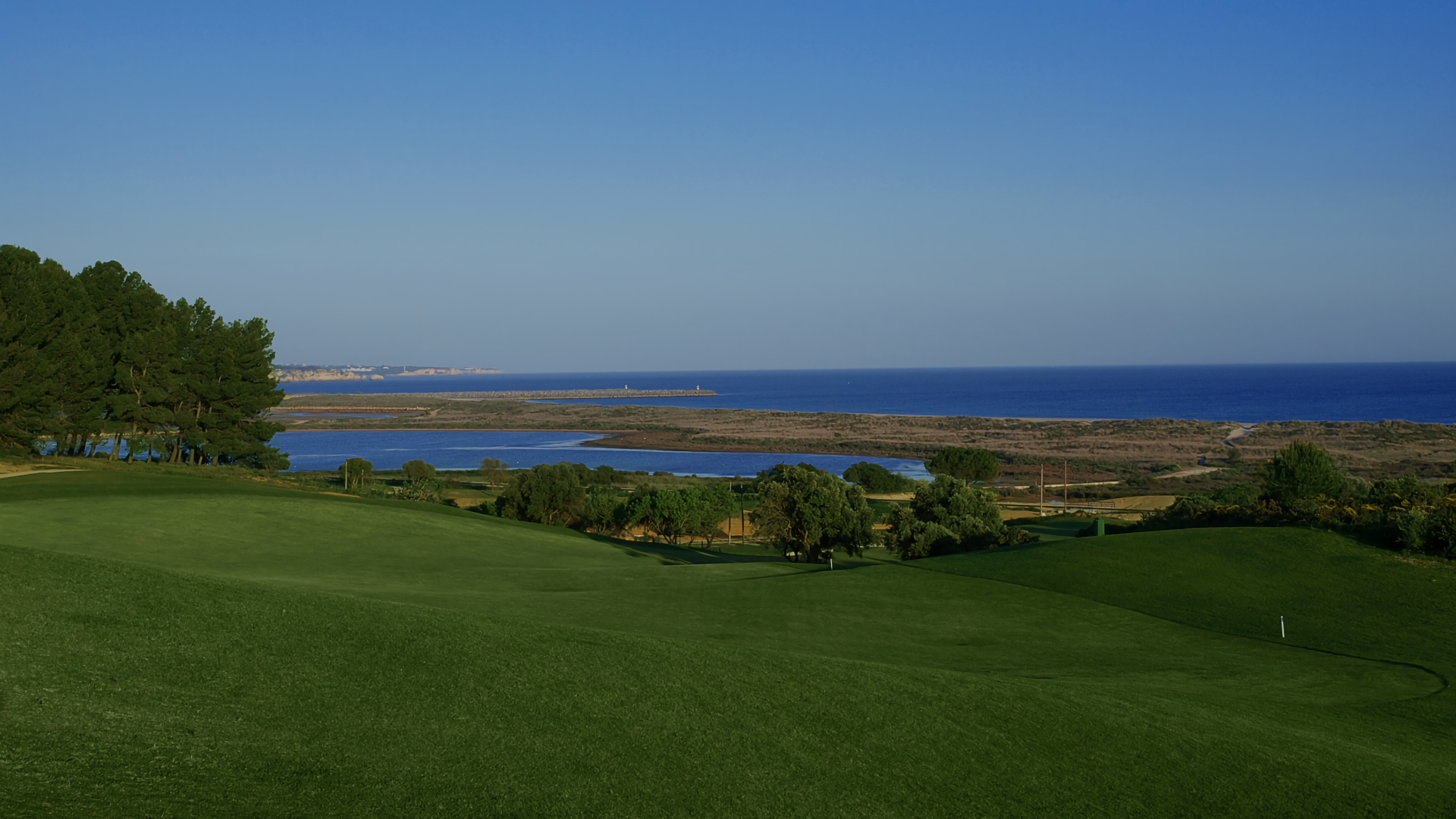 Golf course in Palmares
