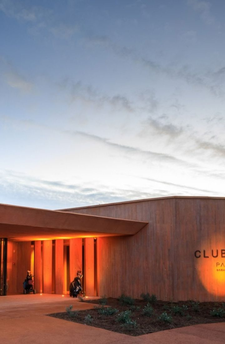 clubhouse-palmares-resort